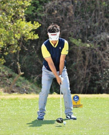 ゴルフスタンス幅2